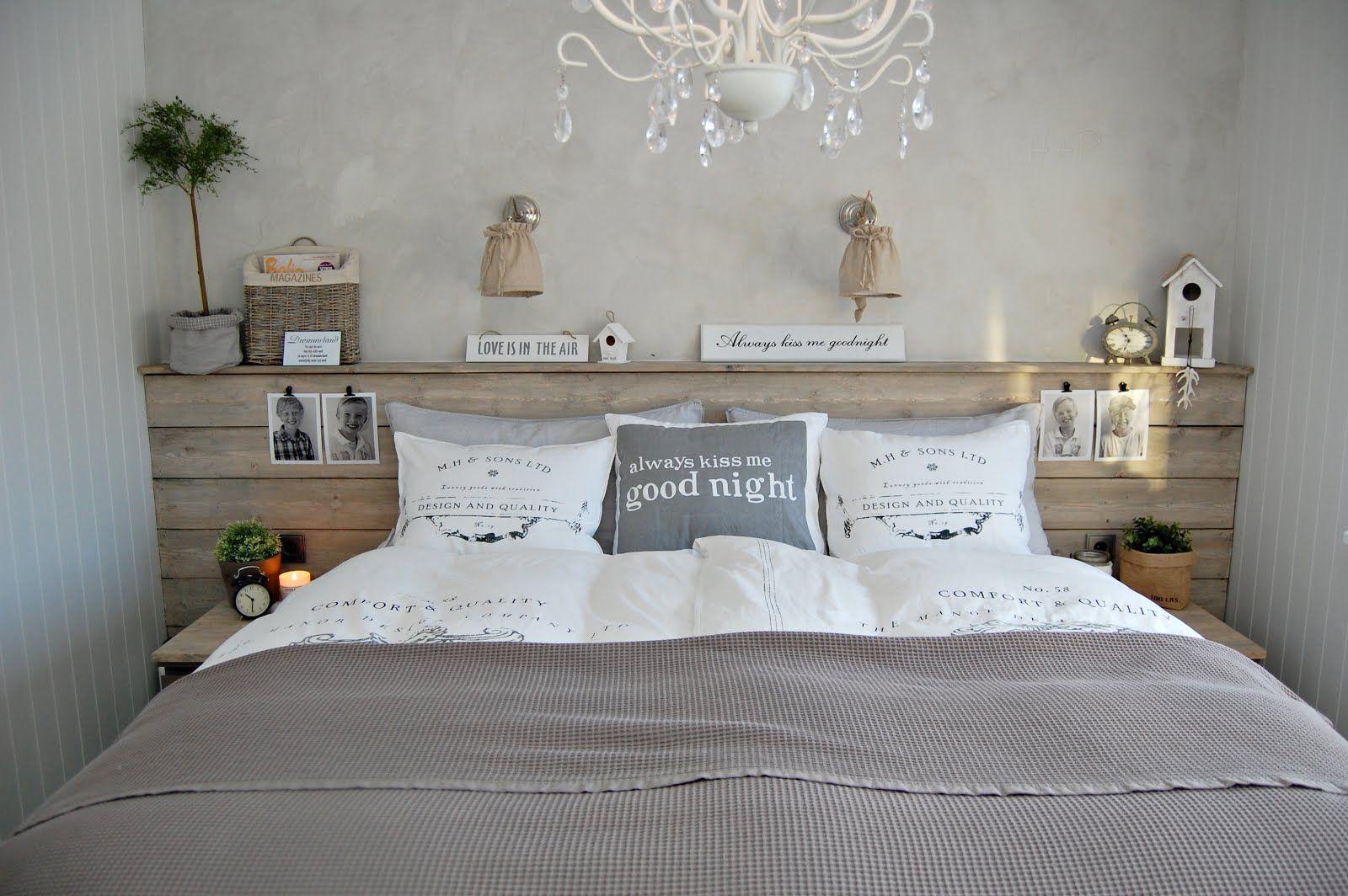 Tete De Lit En Planches Grisees Slaapkamerideeen Slaapkamer Steigerhout Interieur Slaapkamer