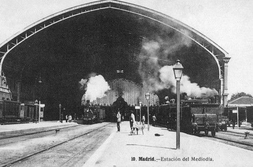 Foto antigua de estaci n de atocha madrid fotos antiguas espa a pinterest madrid metro - Toldos galindo ...