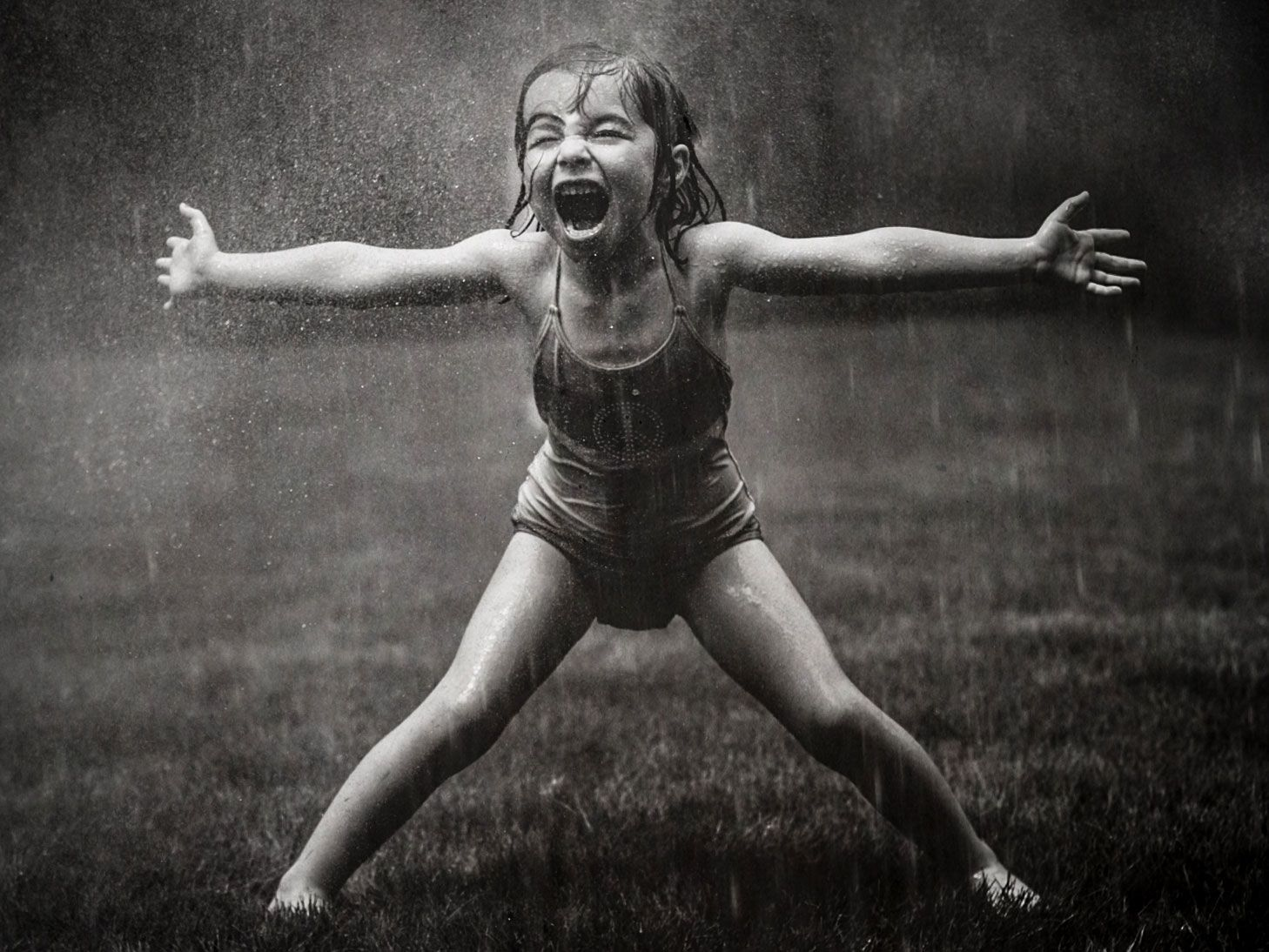 13 Powerful Photos of Carefree Girls That Prove