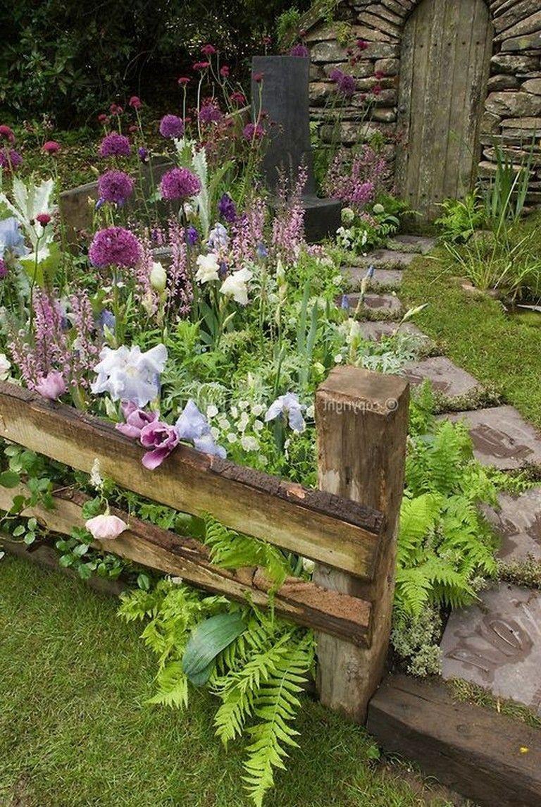 35 Beautiful Diy Cottage Garden Ideas From Pinterest Gardening Garden Gardendesign Gardenideas Garde Cottage Garden Design Cottage Garden Amazing Gardens