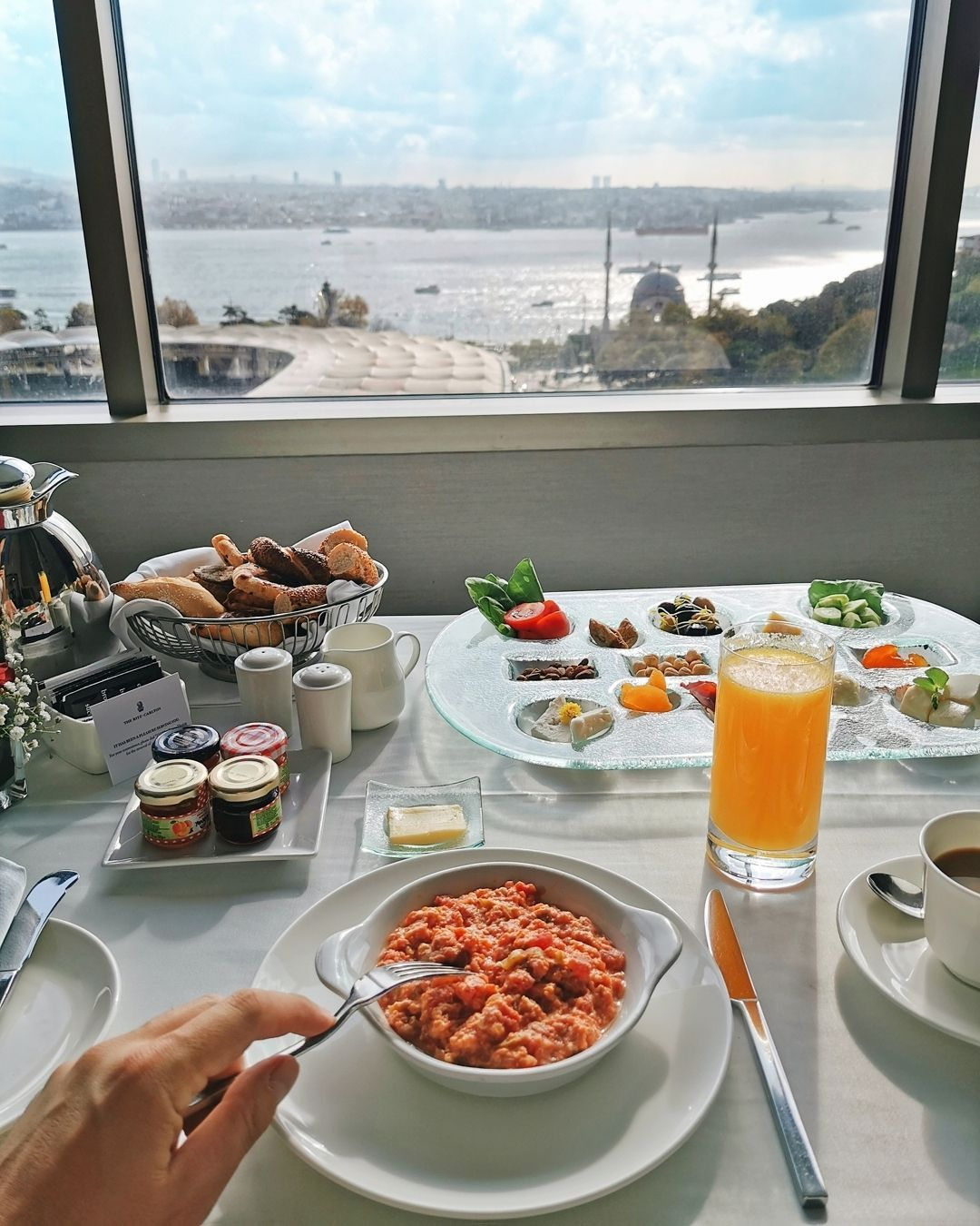 "ᴡʜᴇʀᴇɪꜱᴀʟʙʏ | ʟᴜxᴜʀʏ ᴛʀᴀᴠᴇʟ on Instagram: ""Turkish breakfast  ᴡʜᴇʀᴇɪꜱᴀʟʙʏ 