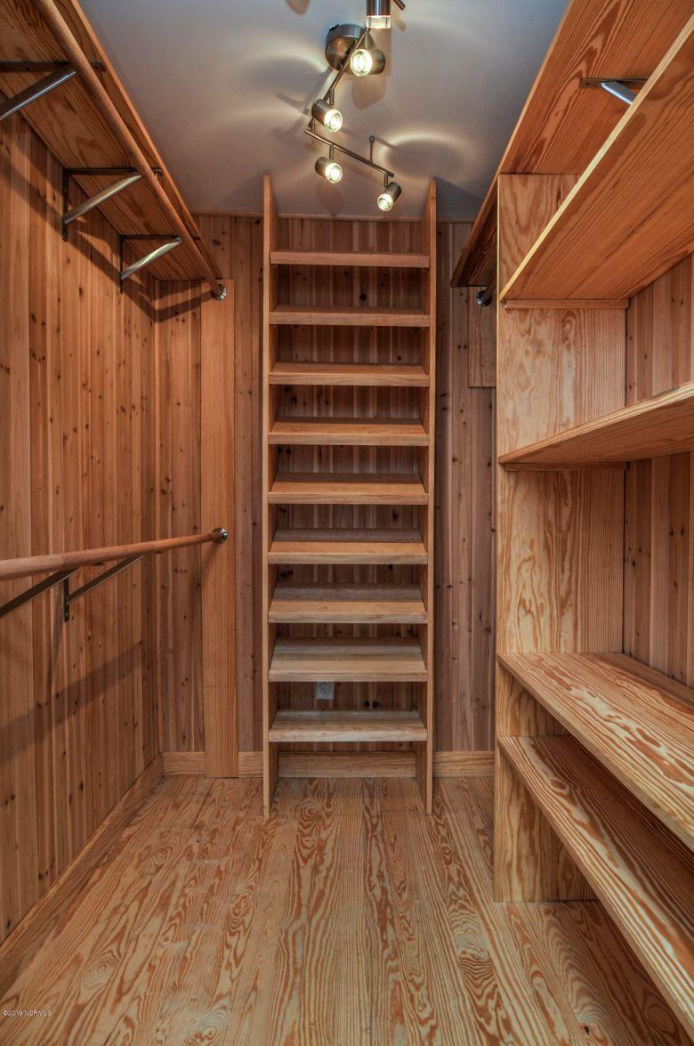 372 Nc Highway 99 N Pantego Nc 27860 100167512 Intracoastal Realty Walk In Closet Design Cedar Closet Cedar Lined Closet