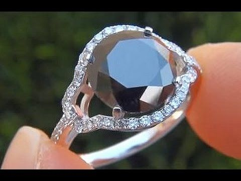 bonhams and at jewels auction images pink incredible carat best rings aquamarine diamonds an melissazolodz blue kong hong gemstones intense rare diamond pinterest on fancy