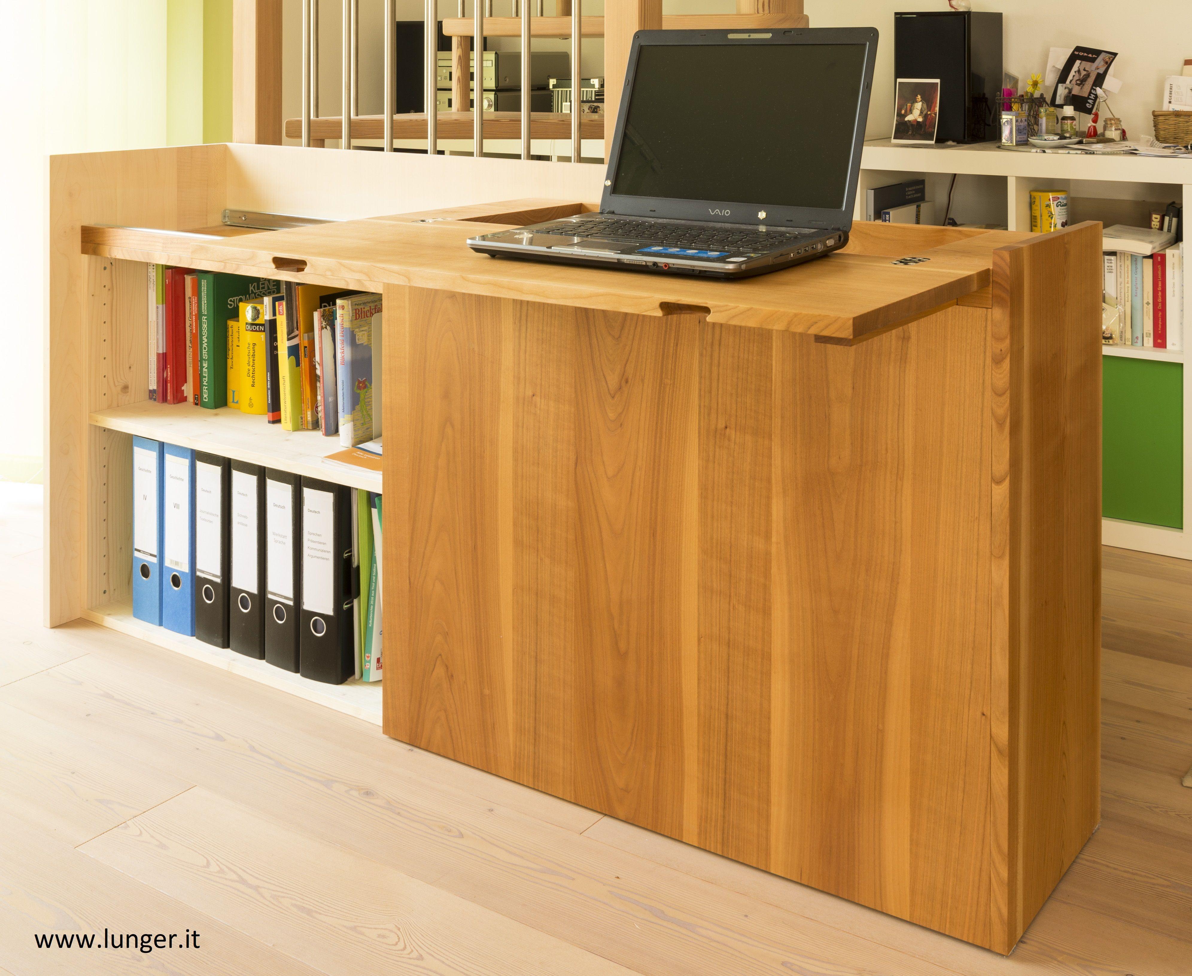 Schreibtischmobel In Kirschholz Und Ahorn Massiv Platzsparend