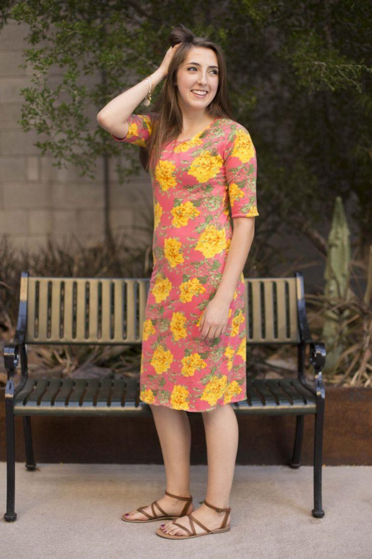FREE PDF PATTERN! The Alcoy dress is a comfy knit dress, with raglan ...