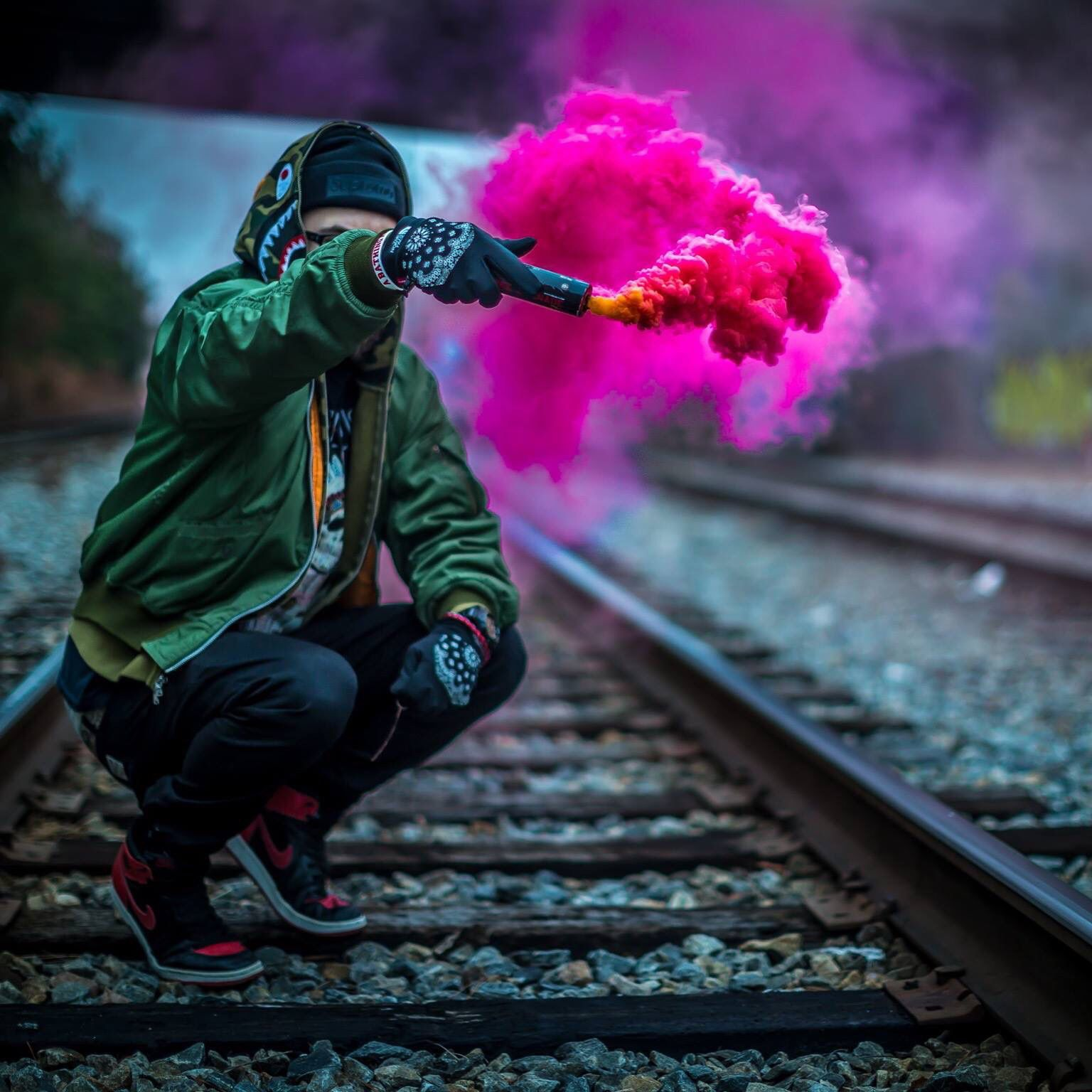 bomba de humo rosa