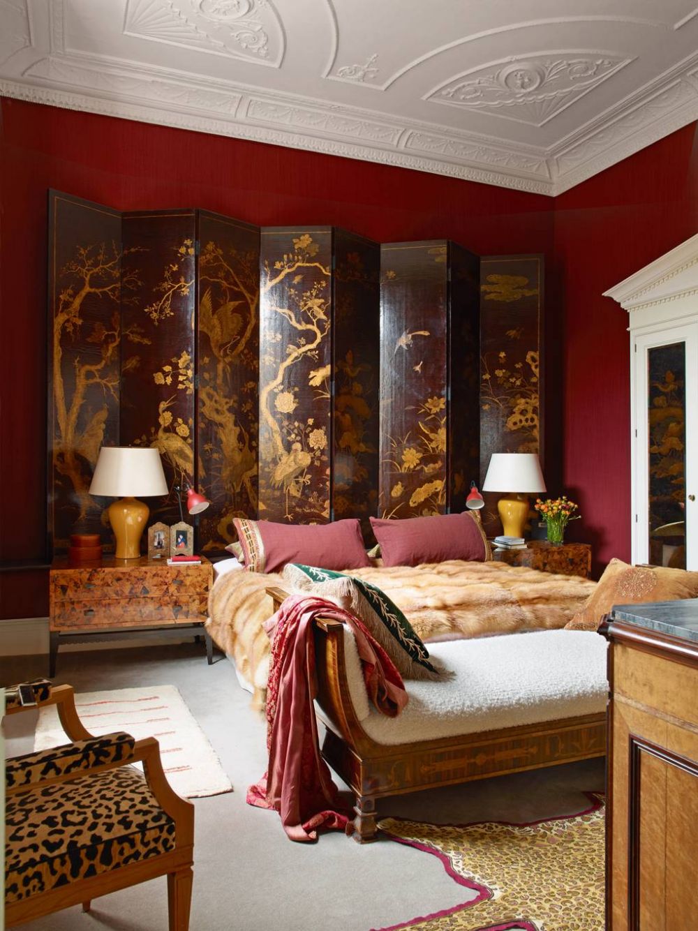 Douglas Mackie's deeply sophisticated Marylebone flat
