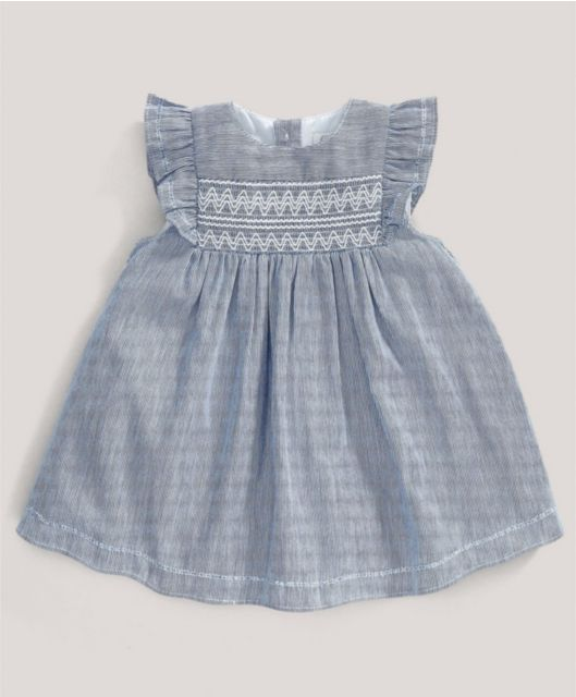 ccb8014ea2bf Blue Striped Smock Dress Bebisklänningar, Ärvd Sömnad, Outfits För Små  Barn, Smocking,