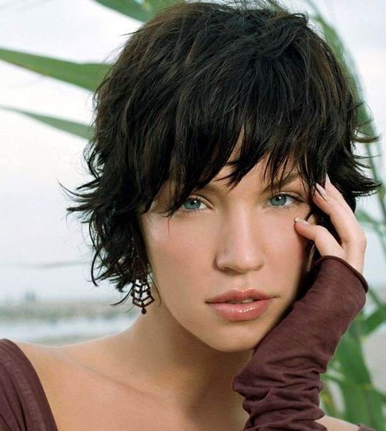 23 Cute Short Hairstyles With Bangs 21 Short Wavy Shag With Bangs Cute Hairstyles For Short Hair Haircuts For Wavy Hair Short Hair With Bangs