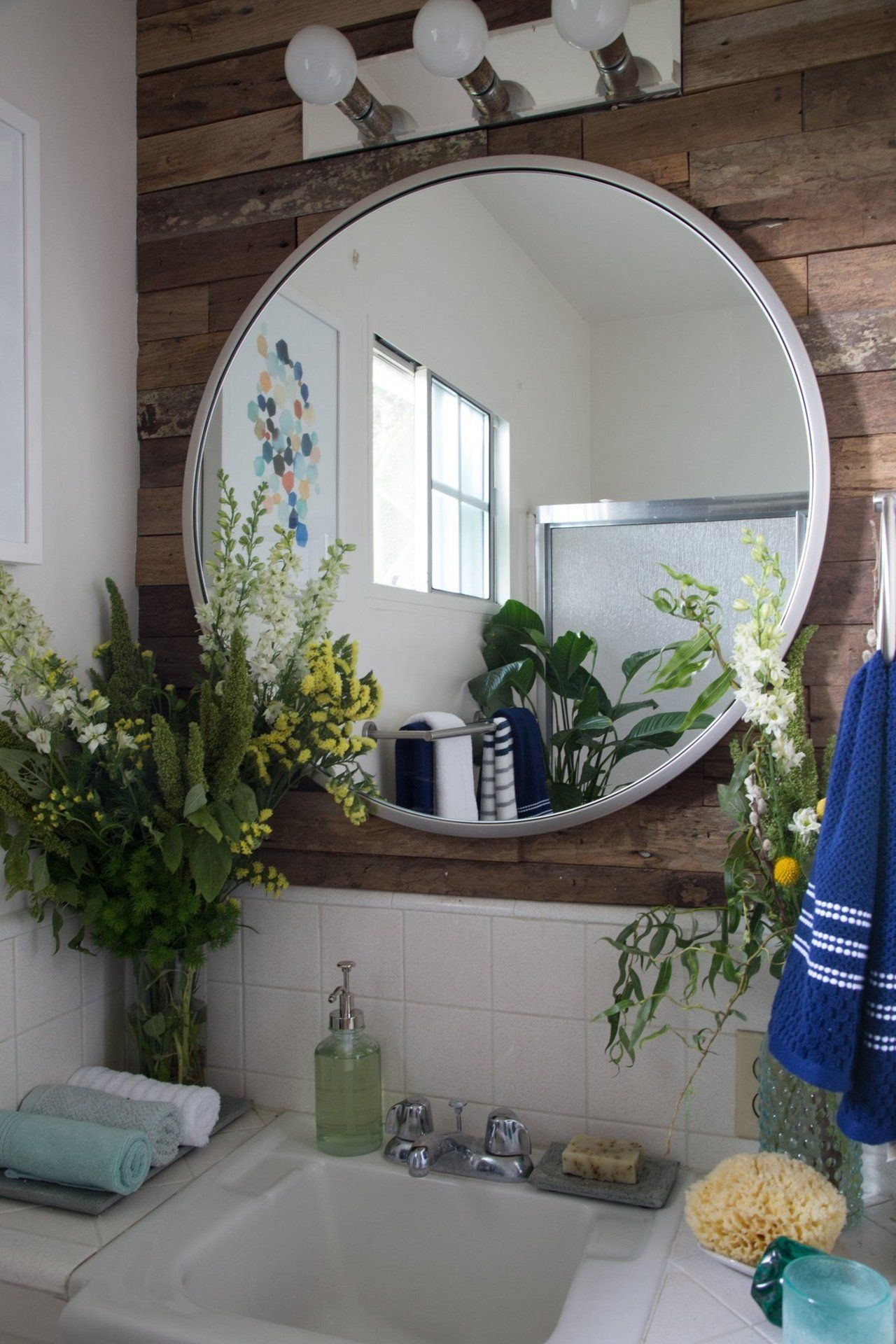 Erick's Modern Organic Burbank Mix | Bathroom, Wood wall ...