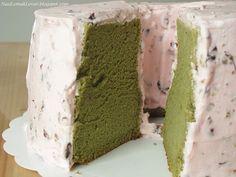 Green Tea chiffon cake with red bean cream by Nasi Lemak Lover (http://nasilemaklover.blogspot.c, via Flickr