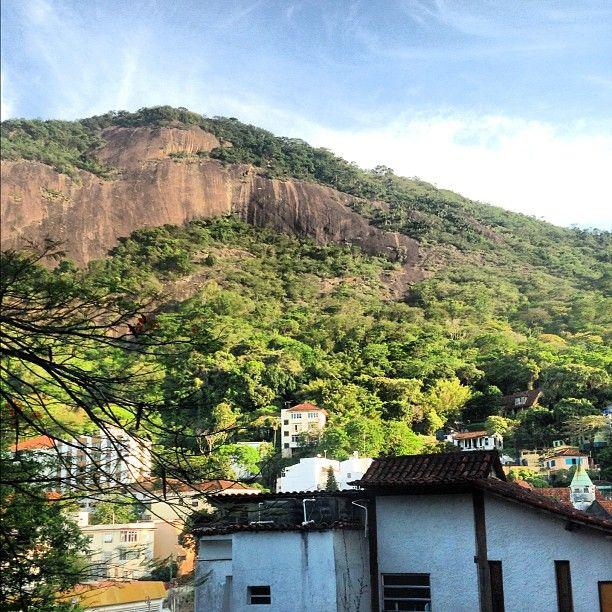 Vista do Cosme Velho - Rio de Janeiro | Foto de Tati Massoco | Photo by tatianamassoco • Instagram