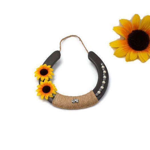Check Out This Item In My Etsy Shop Https Www Etsy Com Listing 257996312 Sunflower Love Sunflower Power Su Horseshoe Decor Wedding Horseshoes Sunflower Decor