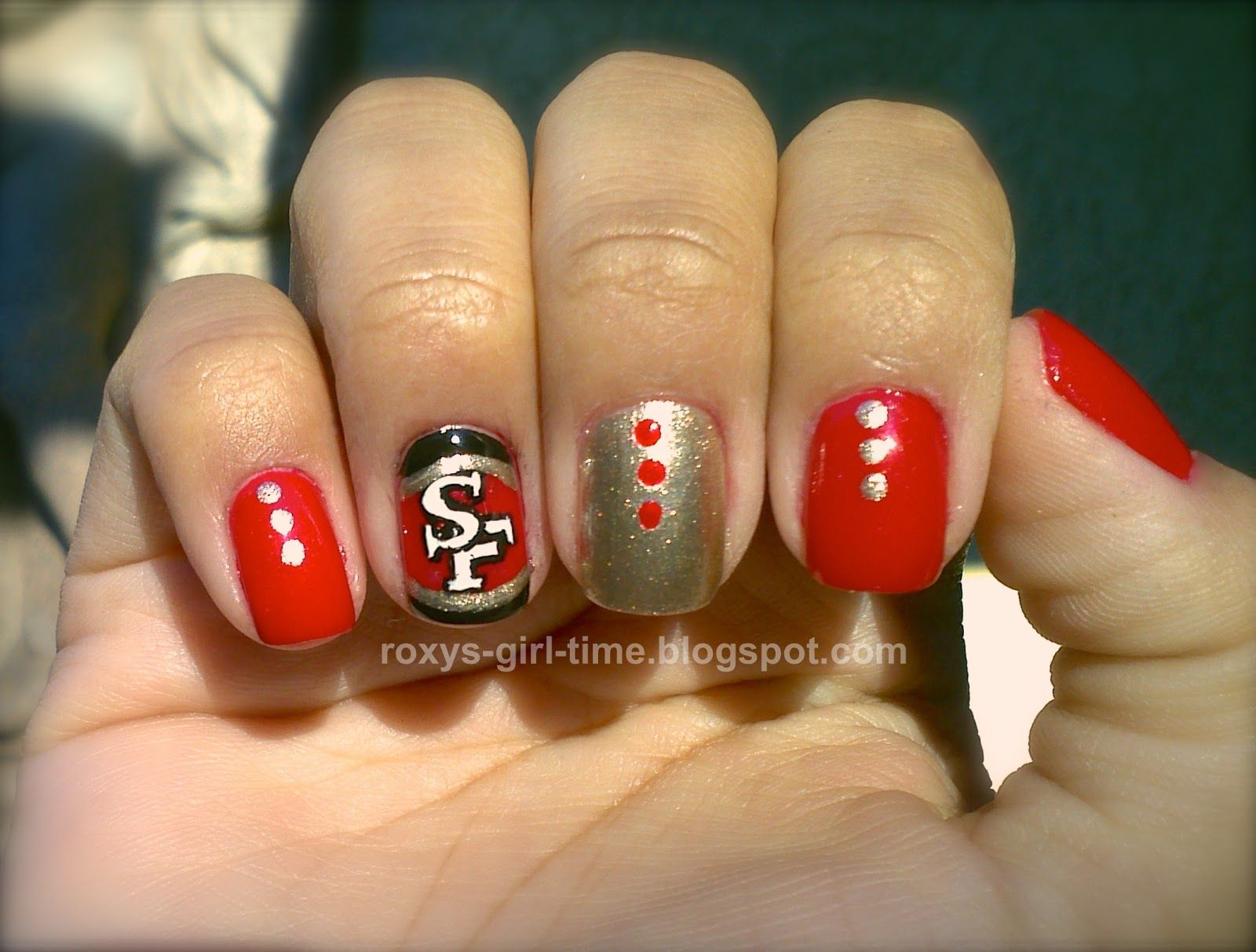 SF 49ers Nail Art... Think i will have to make a attempt at this! im sure brandon would want me to do these...