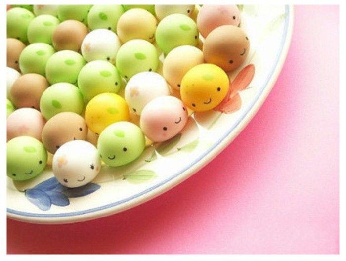 No Recipe. Cute design for cake pops, truffles, candy, donut holes, etc.