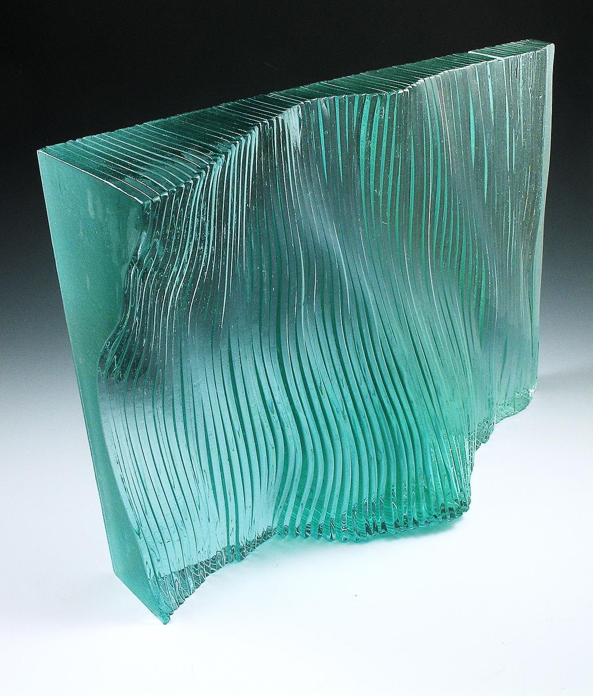 Clear Acrylic Glass Sheets Are A Versatile Material That Can Be Used Any Number Of Ways For A Variety Inspire Me Home Decor Sculpture En Verre L Art Du Vitrail