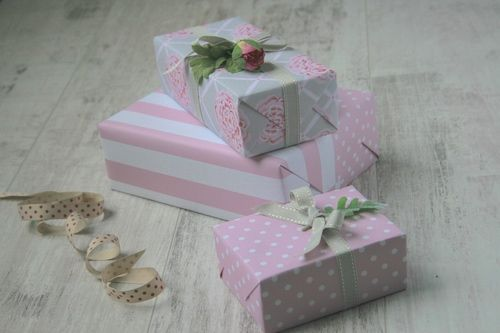 Jane Means - UK Ribbon Designer & Giftwrapping Expert