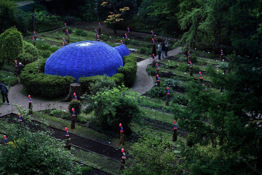 Инсталляция Паолы Навоне в проекте The Secret Garden, общий вид