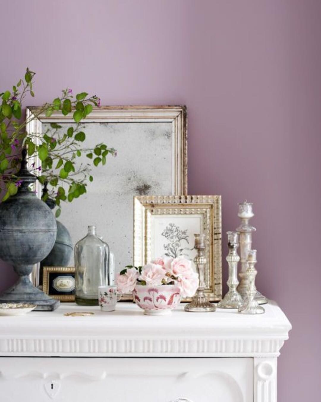 15 Of The Best Farmhouse Style Wall Colors To Use Lila Schlafzimmer Wandfarbe Kommode Shabby Chic