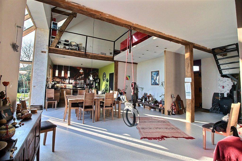 YVETOT Grange De Caractère En Briques Rouges Entièrement Rénovée - Porte placard coulissante jumelé avec serrurier bagnolet