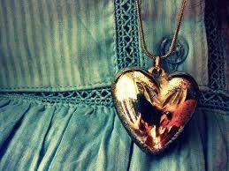 Golden heart locket girly dress jewelry vintage heart old necklace