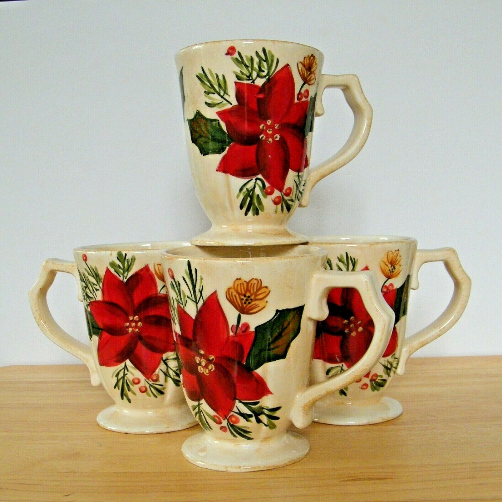 Poinsettia Coffee Cups Set of 4 Christmas Holiday Table