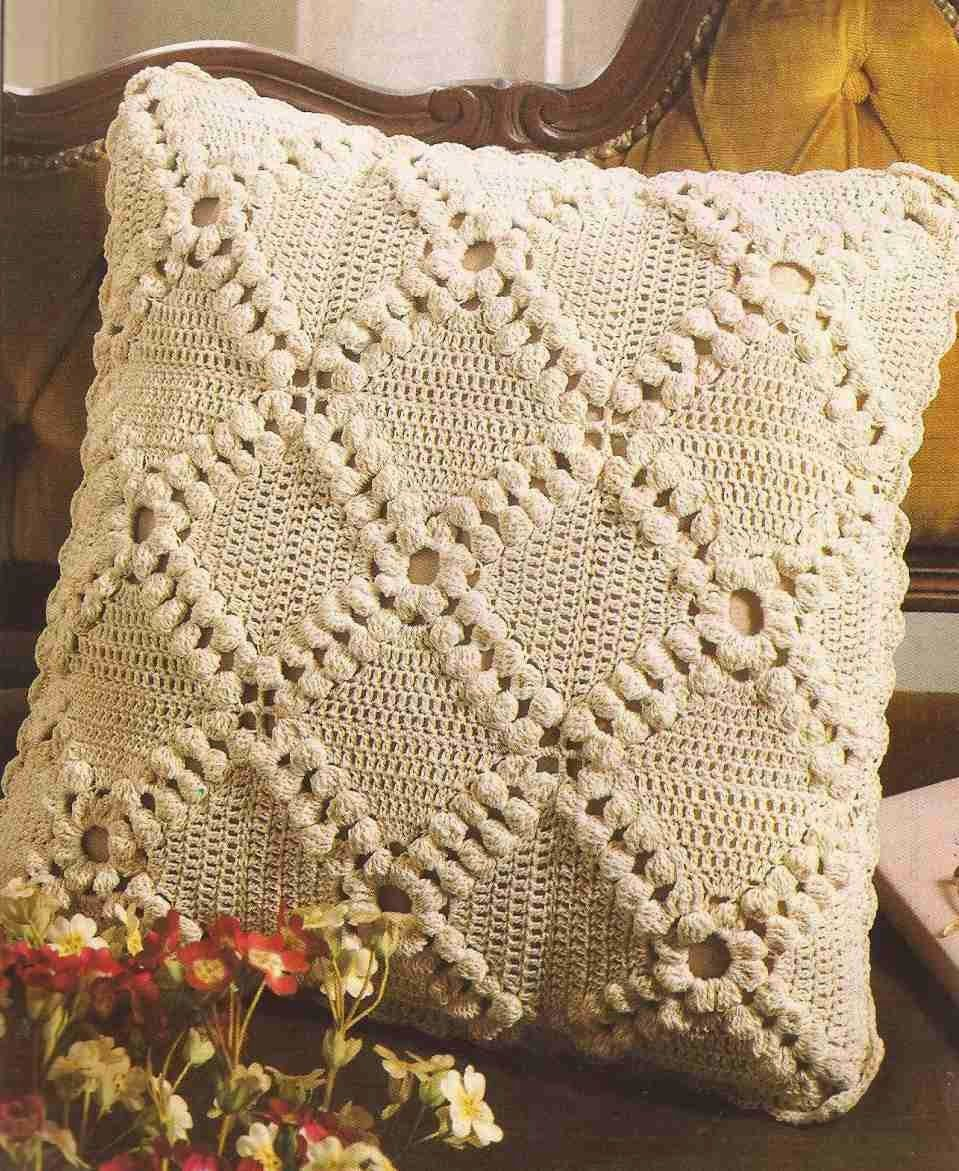 Patrón #279: Cubre Cojín a Crochet #ctejidas http://blgs.co/MnjSxP ...