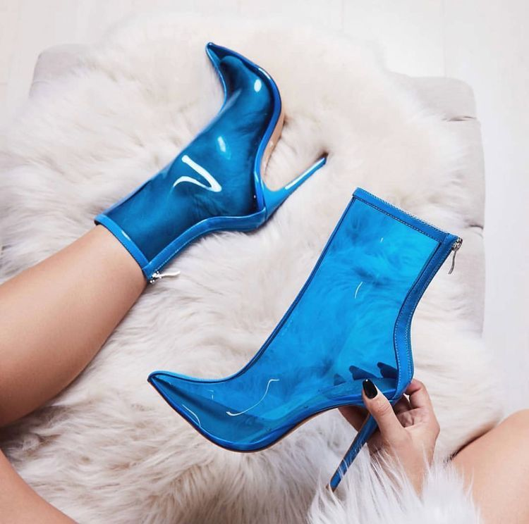 The Ultimate Hot Trends in Shoes: Transparent Rain Boots | Rain boot,  Thighs and Rain