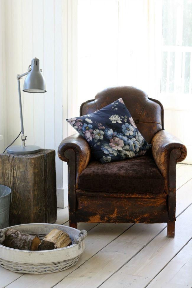 Welp oude bruine stoel | Fauteuil leer, Decoraties, Leesstoel TX-51