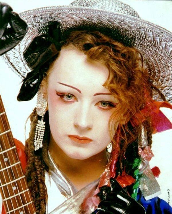 Pin By Jennifer George On Boys Rooms: Culture Club Pictures Of Boy George Posing As A Female
