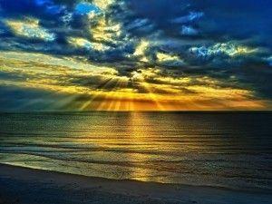 Hermoso Amanecer Sobre El Mar 63151 Atardecer Mar Fondo De Pantalla Verano Puesta De Sol Playa