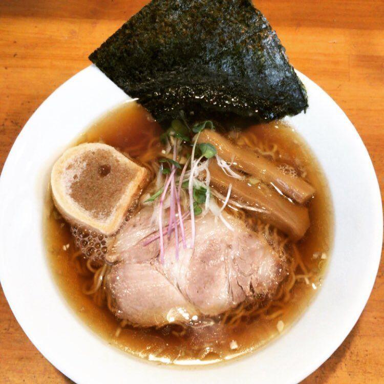 いいね 90件 コメント4件 Tomomi S Yamato020509bcat のinstagramアカウント 毎週火曜日は 中華そばの日 煮干しラーメンは本日お休み 鶏ガラスープでサッパリ たまにはいいかも ˊ 2020 煮干し ラーメン ラーメン ラーメン つけ麺