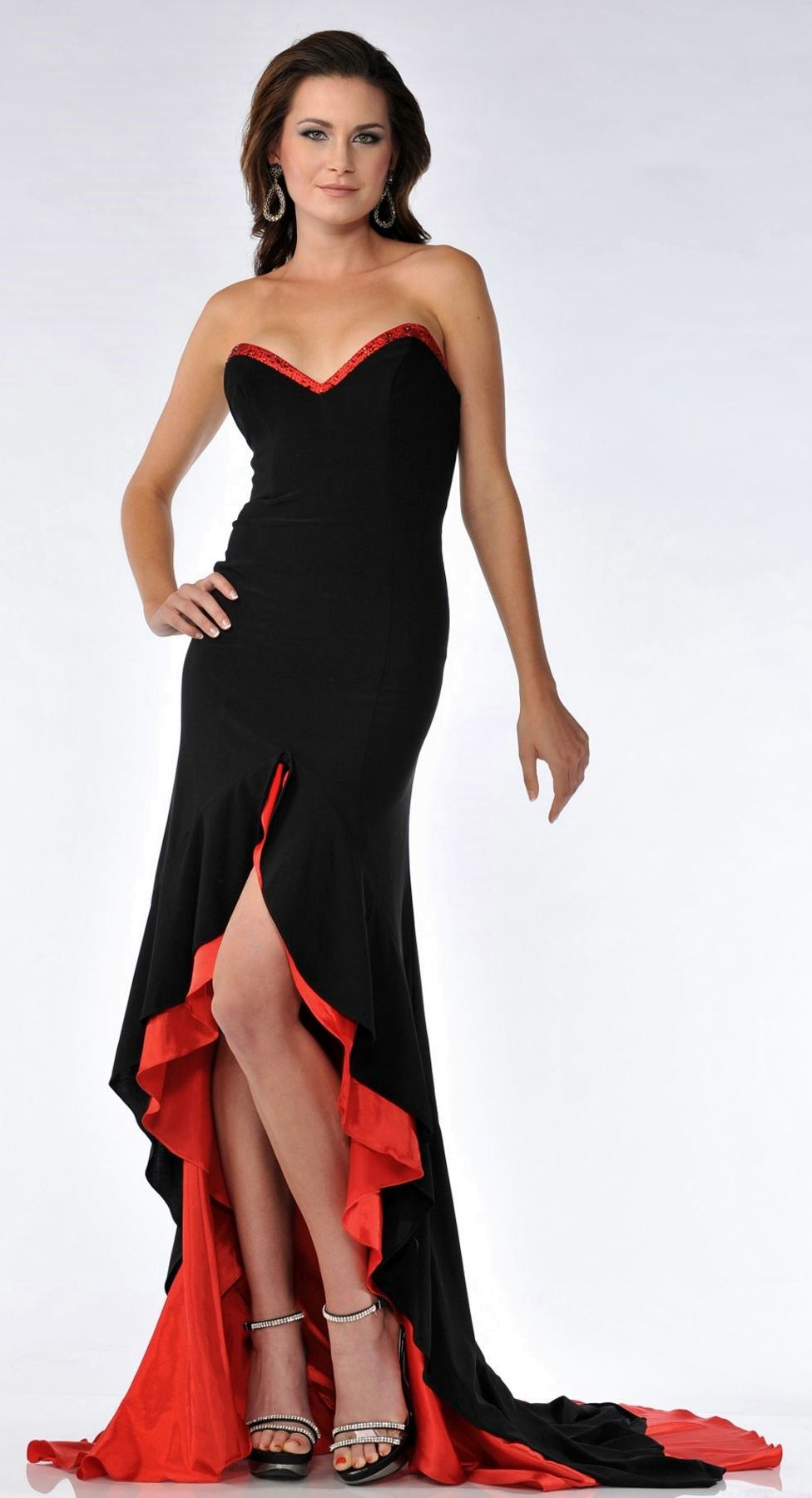 6c1b9b0886c Kayla I want this dress with a mask with red n black feathers!! Lol ...