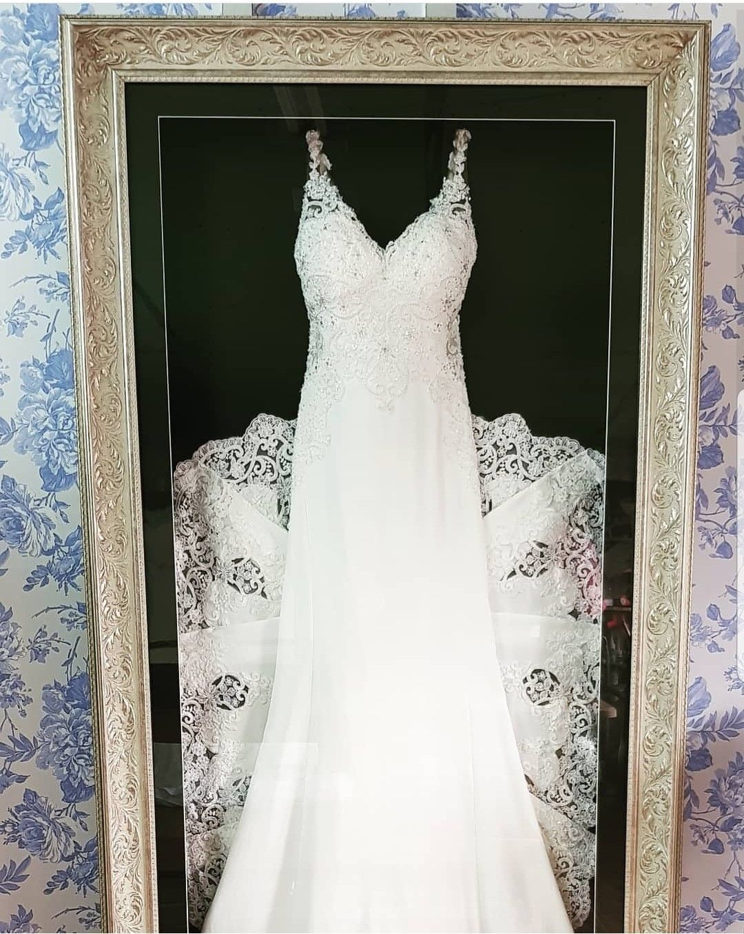 We Framed This Amazing Wedding Dress To Show That Outstanding Train To Its Maximum The Dress I In 2020 Wedding Dress Frame Wedding Dress Storage Wedding Dress Display