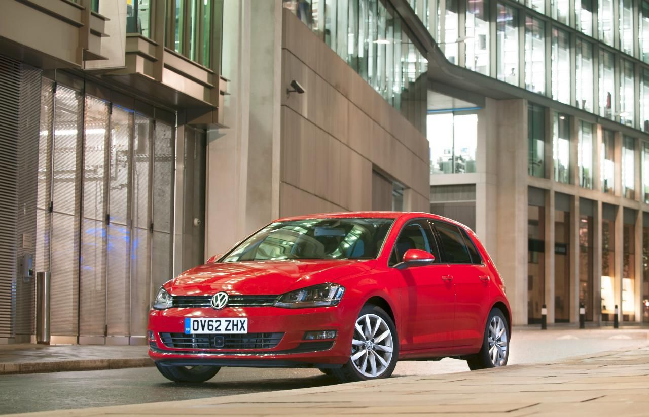 2013 Volkswagen Golf UK-Version