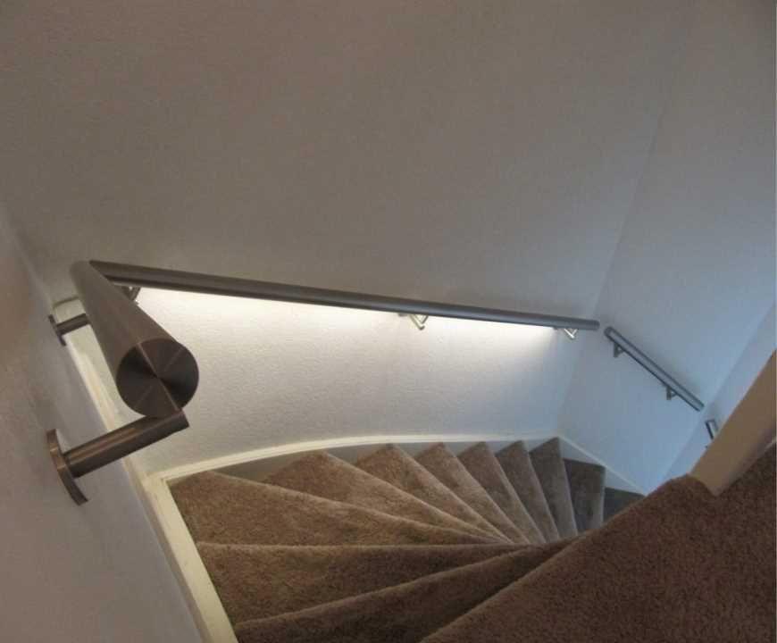 ILLUNOX-LED-Verlichting-trapleuning | Verlichting | Pinterest