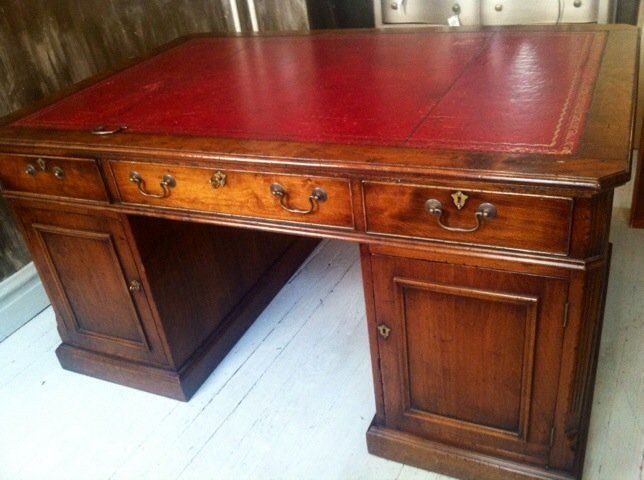 Partner\'s desk | Antique painted furniture, Furniture vintage and ...