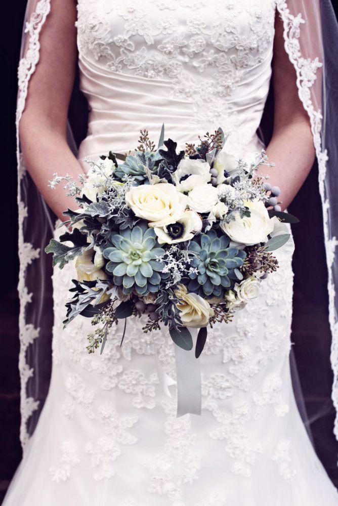 Heathers Bouquet caprured by Teresa C Bespoke wedding