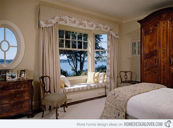Space Saving Window Seats In 15 Traditional Interiors Home Design Lover Traditional Bedroom Design Window Seat Design Beautiful Bedrooms