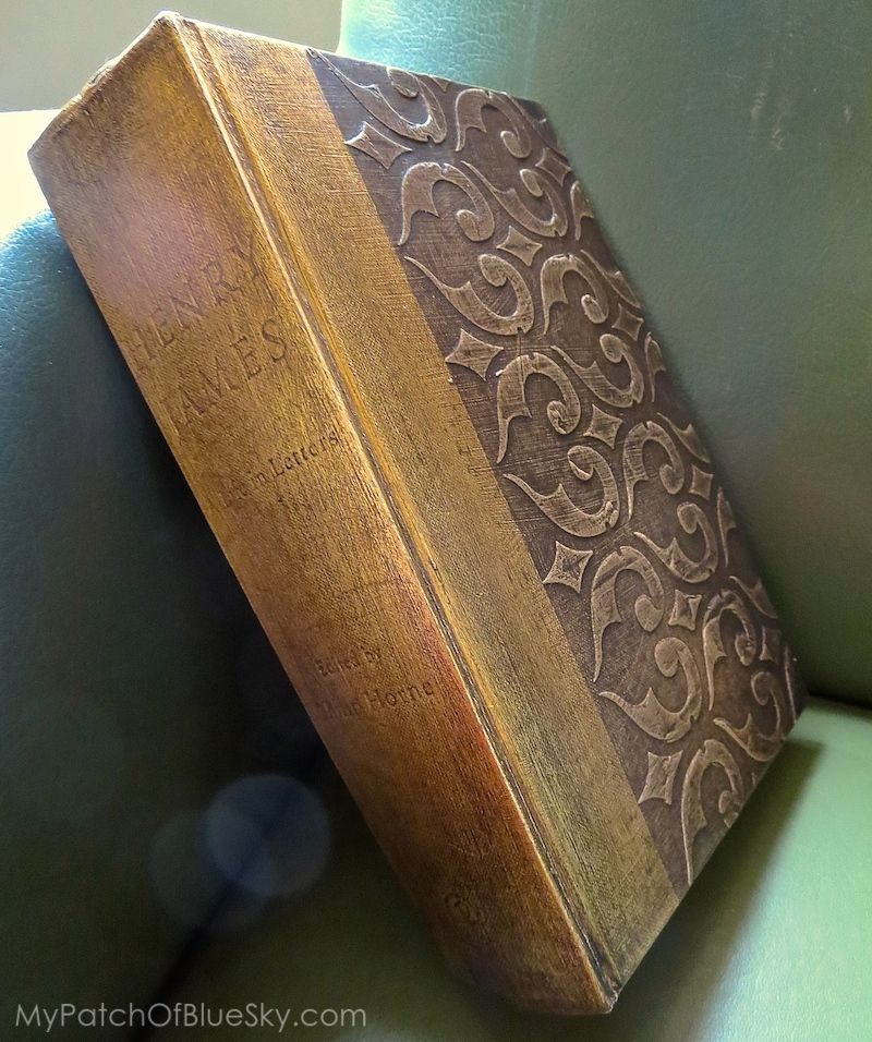 894a43f26206 DIY make a new book look like an old antique book. Gorgeous!! Wood Icing™ -  book - project - stencil