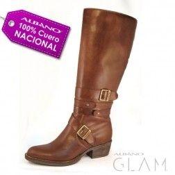96092146fd3 Pin de Maria Elena Diambra en botas
