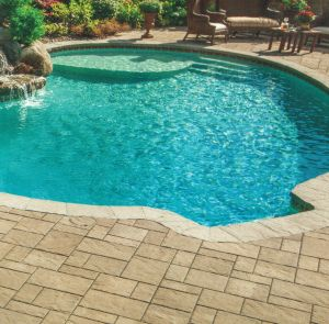 vinyl liner pools with tanning ledge | pool_tanning | Backyard in ...