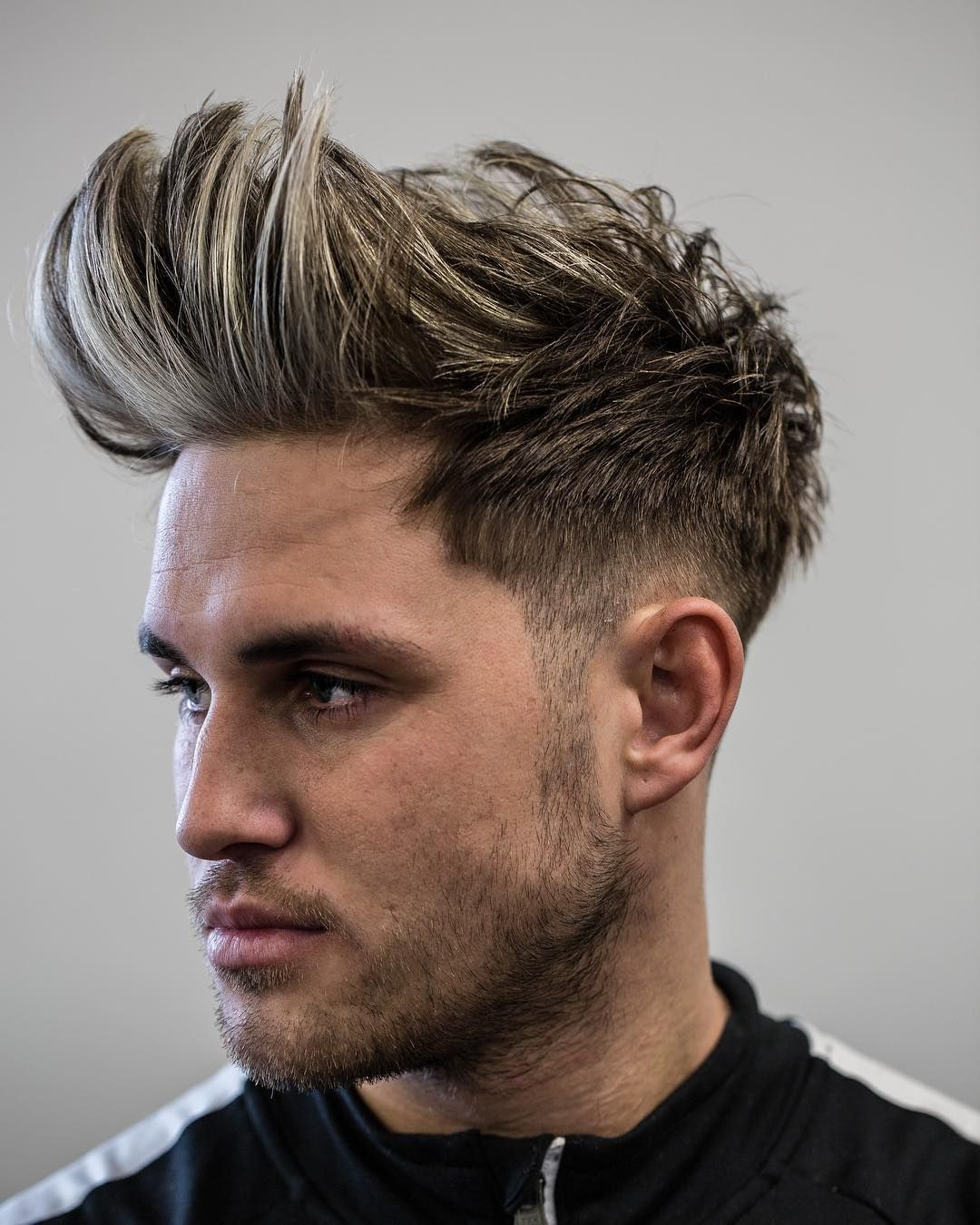 High Messy Quiff Men S Haircuts Coiffure Homme Brushing Homme Coupe Cheveux Homme