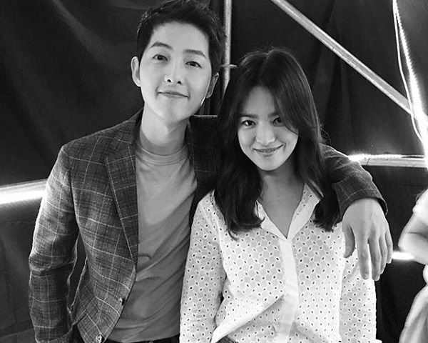 Song Hye Kyo Fanmeet: Will Soong Joong-ki Propose On Live TV? - http://www.morningledger.com/song-hye-kyo-fanmeet-will-soong-joong-ki-propose-on-live-tv/13109198/