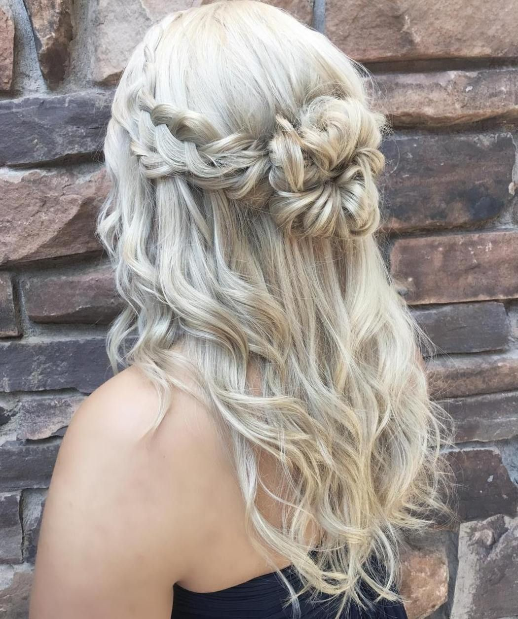 50 Half Updos For Your Perfect Everyday And Party Looks Braided Half Updo Hair Designs For Girls Hair Styles