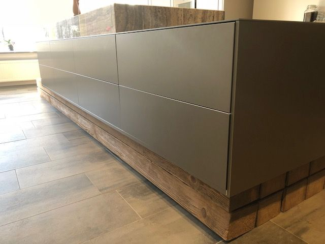 Maatwerk door stuut keuken design design hout marmer aluminium