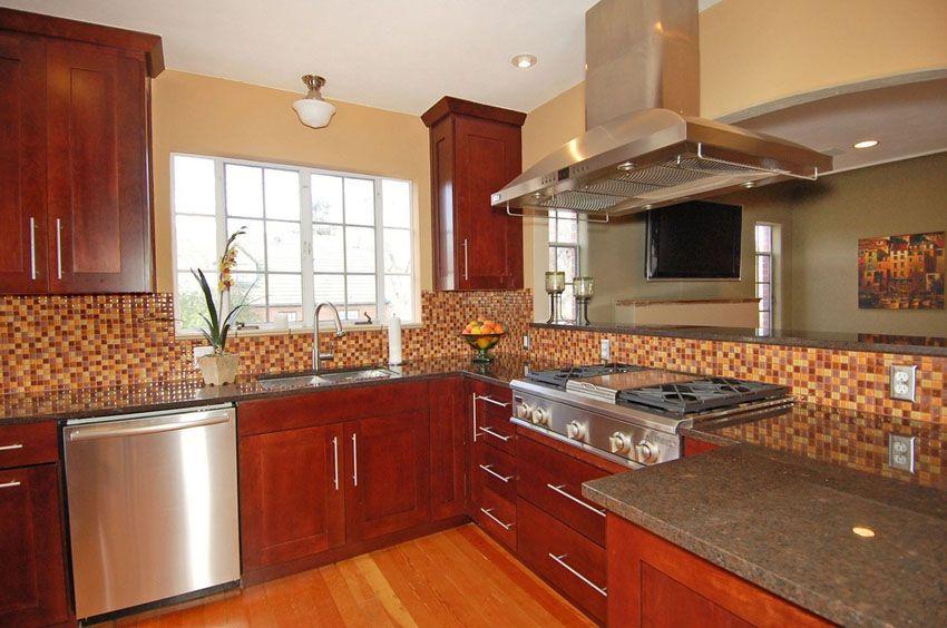 25 Cherry Wood Kitchens Cabinet Designs Ideas Cherry Wood Kitchens Cherry Wood Kitchen Cabinets Kitchen Remodel Design