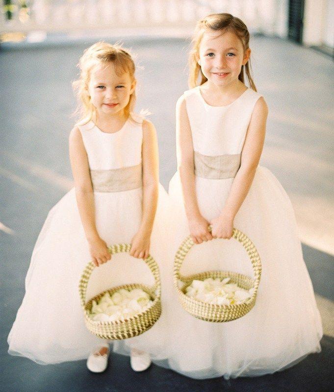 Inspiration Blumenkinder Kleider Miss Solution Bildergalerie Something Blue Bridal Wedding Gowns Lace Fine Art Wedding