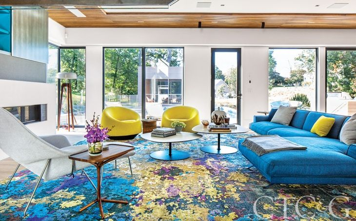 An Architect And Interior Designer Team Up To Put A Bright And Modern Spin On A Traditional Darien Home Home Colourful Living Room Luxury Decor