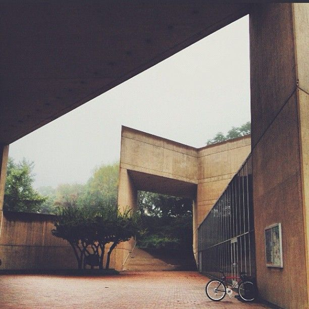 Foggy day at the Paul Mellon Arts Center. Really shows off the great architecture. Student photo. #choaterightnow